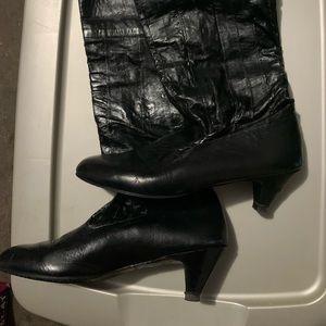 Vintage leather pull on boots (mini heel)